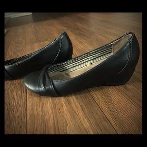 Women shoes ( 7 sized)
